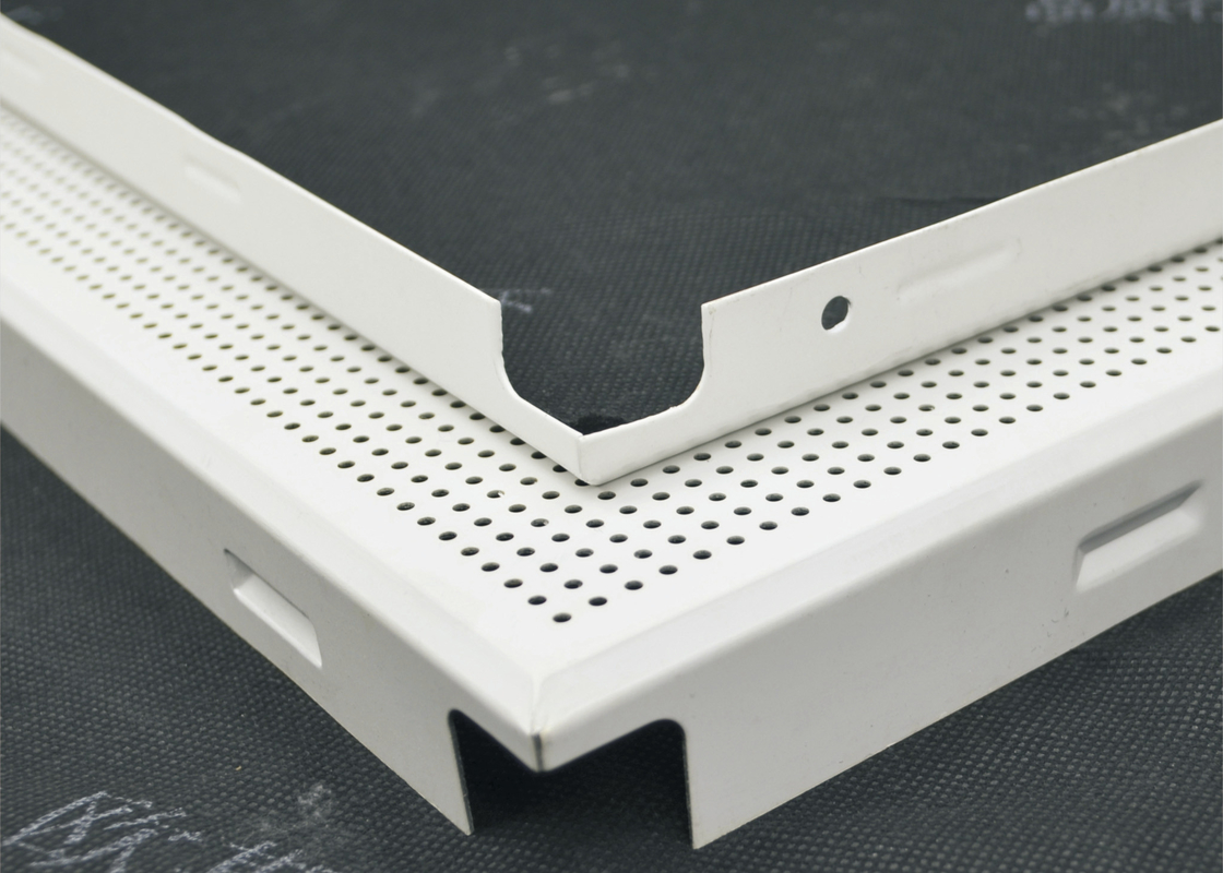 Fireproof Green Clip In Ceiling Panels Perforated For metal building material , ISO SGS